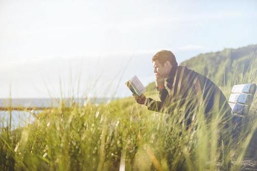 Kilpailuta lainat verkossa ja sinulle jää enemmän aikaa lukemiselle